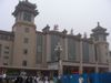 早朝の北京駅前
